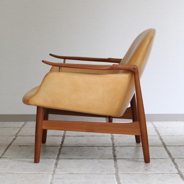 Finn Juhl  Easy chair. NV53 Teak  Kitani (7).jpg