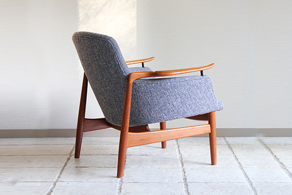 Finn Juhl  Easy chair. NV53 Teak  Niels Vodder-01.jpg