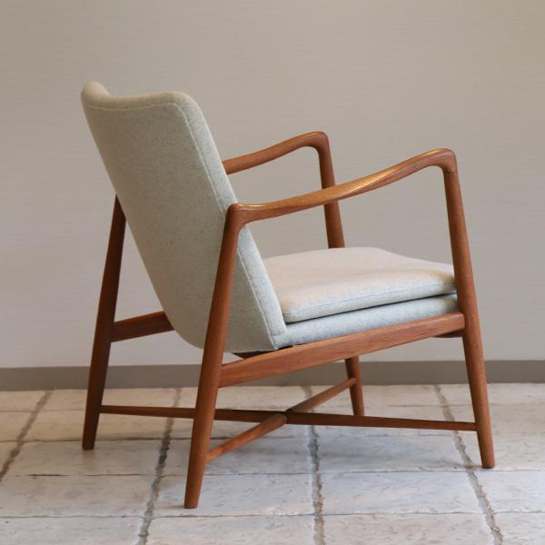 Finn Juhl  Fireplace Chair. BO 59  Bovirke (3).jpg