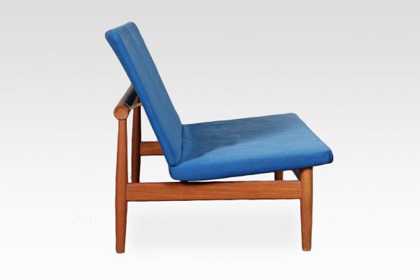 Finn Juhl  Japan sofa .model 137 with footstool  France & Son (3).jpg