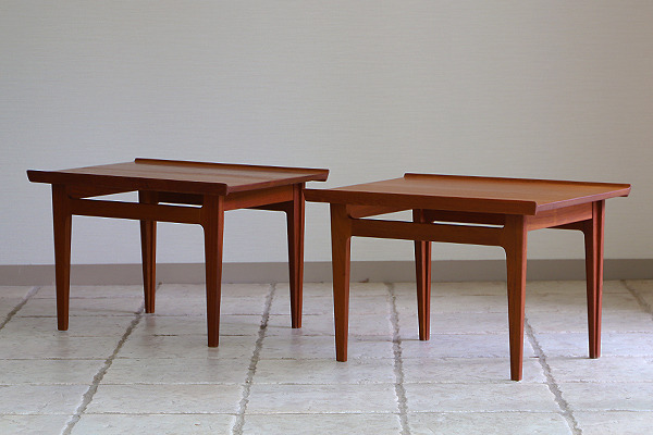 Finn Juhl  Sidetable FD-635  France & Son (13).jpg