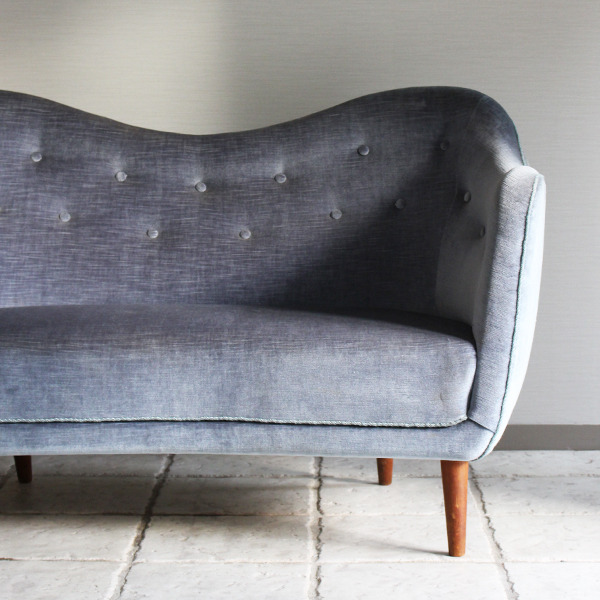 Finn Juhl  Two seater sofa. BO55  Bovirke (4).jpg