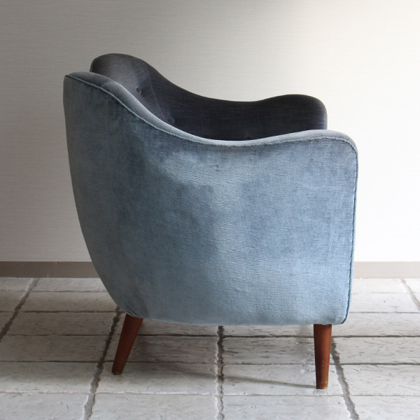 Finn Juhl  Two seater sofa. BO55  Bovirke (5).jpg