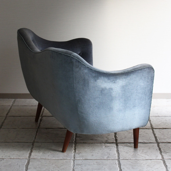Finn Juhl  Two seater sofa. BO55  Bovirke (6).jpg