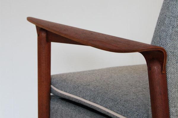 Finn Juhl Arm Chair  Fritz Hansen-09.jpg
