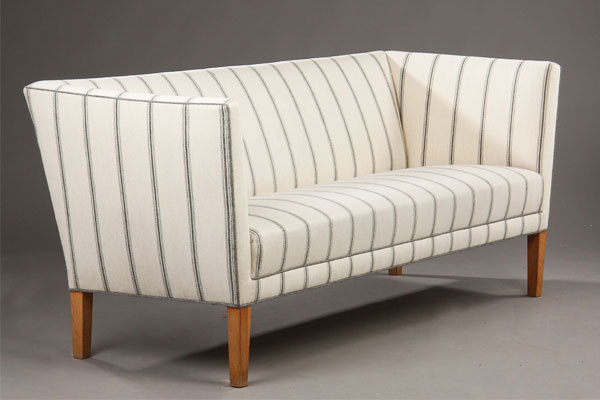 Grete-Jalk.-Three-seater.-sofa-01.jpg