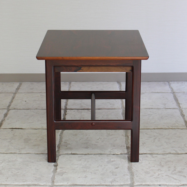 Grete Jalk  Side Table .Rosewood  P. Jeppesen (5).jpg