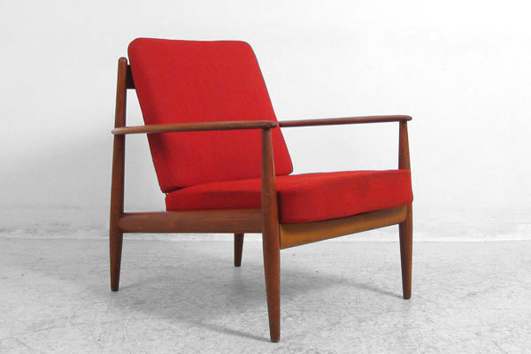 Grete Jalk easy chair-01.jpg
