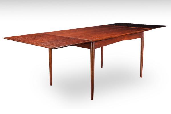 Gunni Oman. Spisebord af palisander med hollandsk udtræk-02.jpg