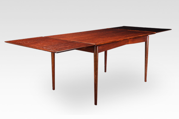 Gunni Oman  Extension dining table  Oman Jun. Møbelfabrik (2).jpg