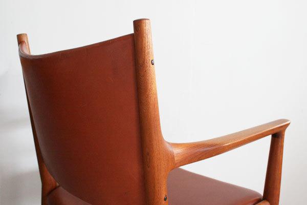 H.-J.-Wegner.-dining-Armchair-JH-509-06.jpg