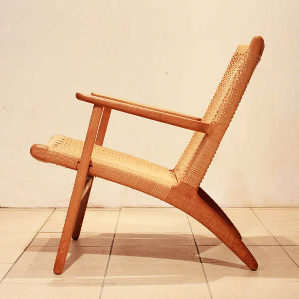 Hans-J.-Wegner-Easy-chair-CH25-04.jpg