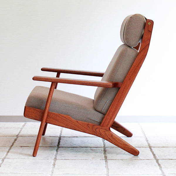 Hans-J.-Wegner-High-back-easy-chair.-GE-290A-GETAMA-07.jpg