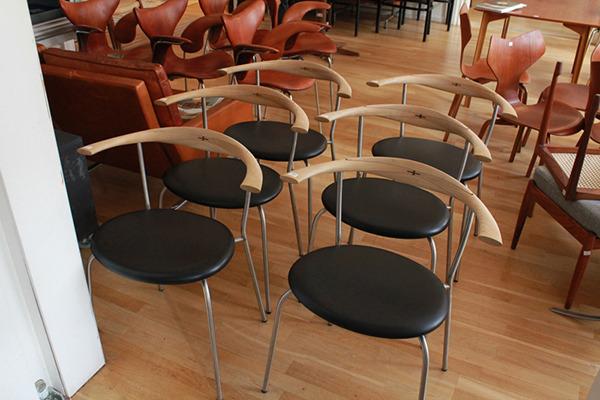Hans-J.-Wegner-chairs-PP-701-PP-Møbler-03.jpg