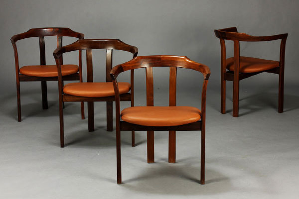 Hans-Olsen-armchairs-02.jpg