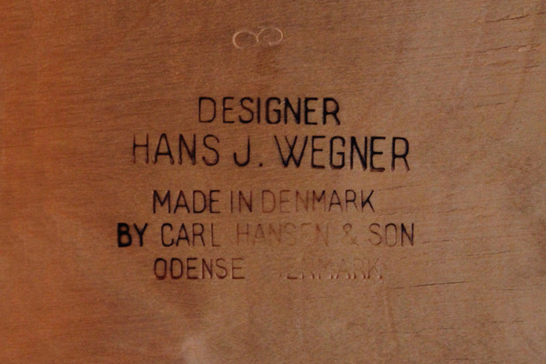 Hans. J. Wegner  Easy chair. CH-28  Carl Hansen & Son-07.jpg