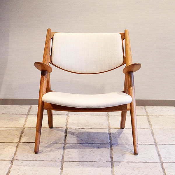 Hans. J. Wegner  Easy chair. CH-28  Carl Hansen & Son (6).jpg