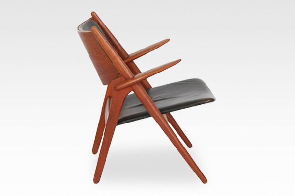Hans. J. Wegner  Easy chair.CH-28 teak  Carl Hansen & Son (12).jpg
