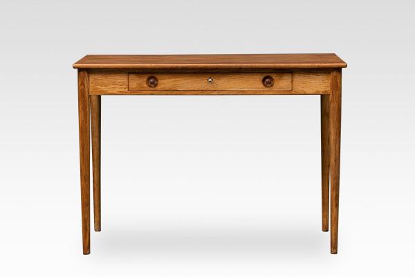Hans J. Wegner.  Small Desk. RY32  Ry Mobler (2).jpg