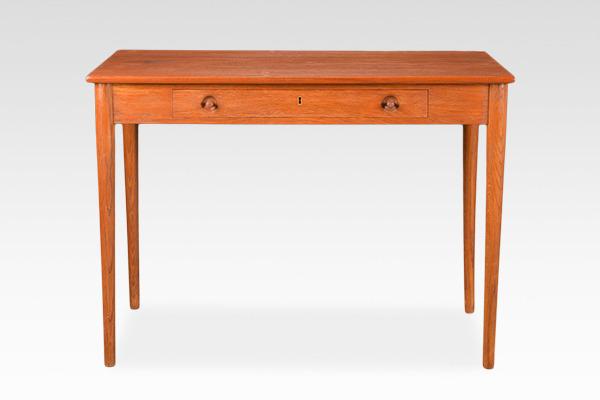 Hans J. Wegner.  Small Desk. RY32  Ry Mobler (3).jpg