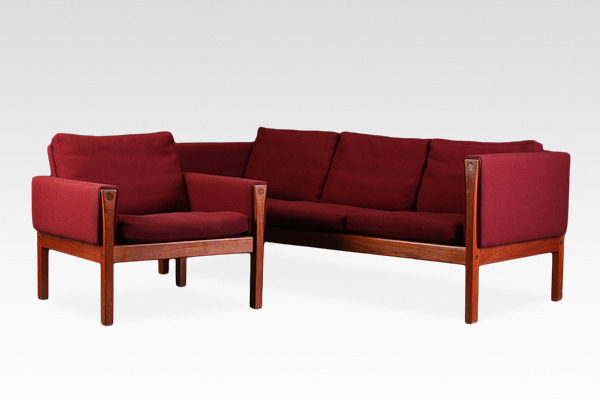 Hans J. Wegner  3 seater sofa& Easy chair . AP62  AP Stolen (2).jpg