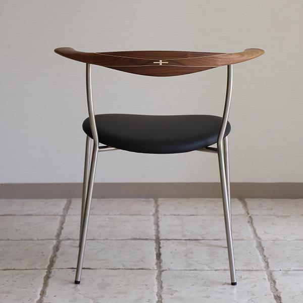 Hans J. Wegner  Armchair. PP-701  PP Mobler (2).jpg