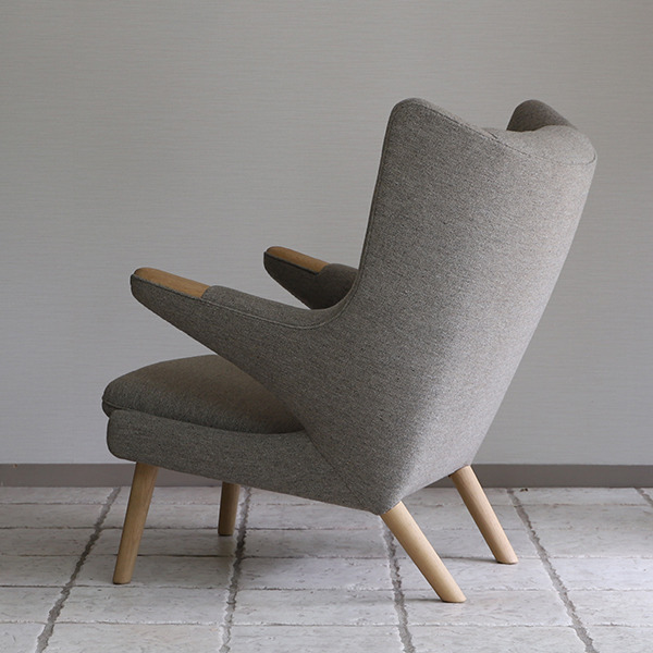 Hans J. Wegner  Bear chair.PP19  PP Mobler (6).jpg