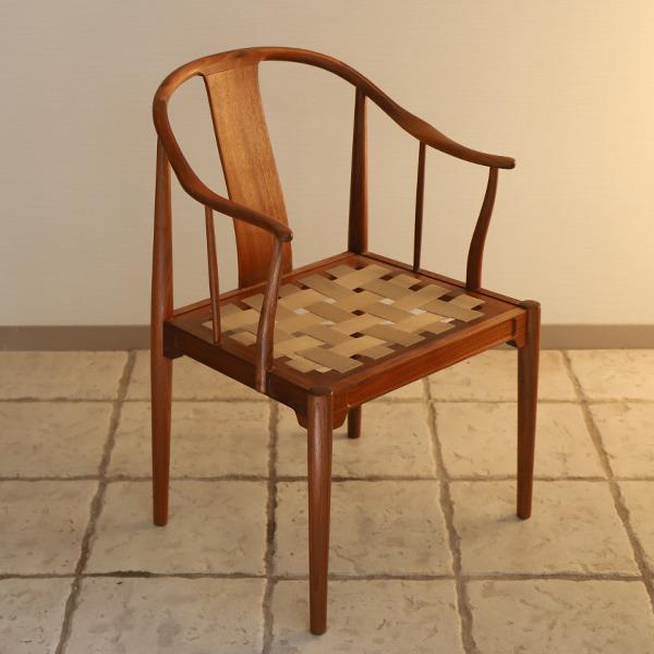 Hans J. Wegner  China chair. Model 4283  Fritz Hansen (4).jpg
