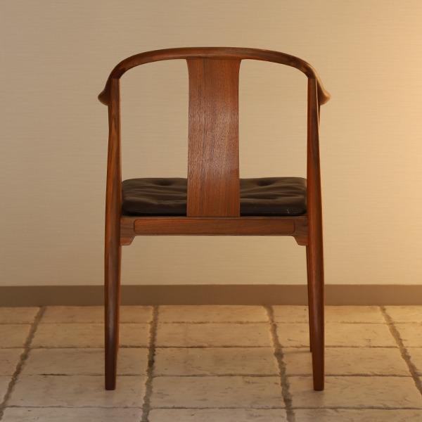 Hans J. Wegner  China chair. Model 4283  Fritz Hansen (5).jpg