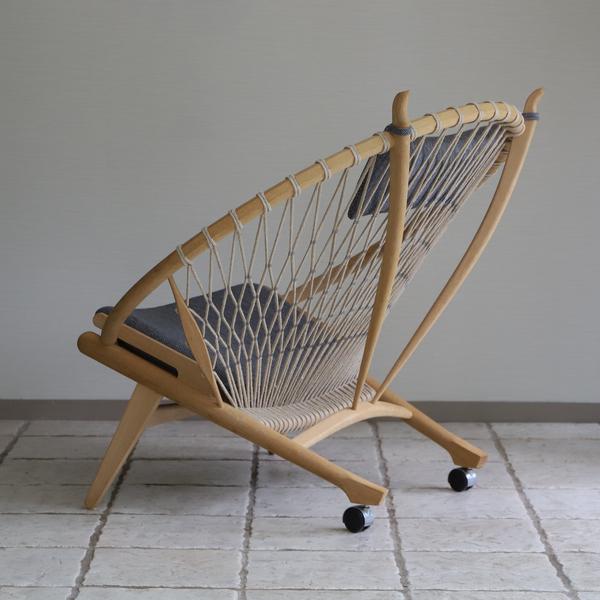 Hans J. Wegner  Circle Chair .PP130  PP Mobler (11).jpg