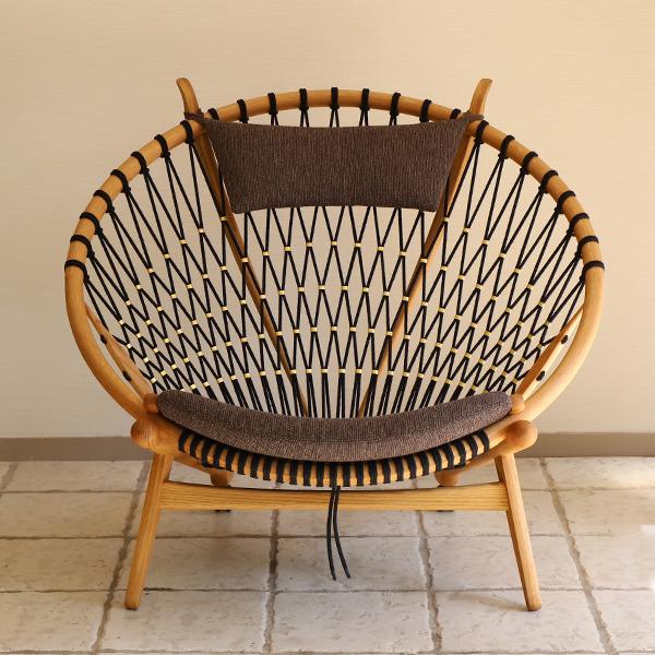Hans J. Wegner  Circle Chair .PP130  PP Mobler (1).jpg