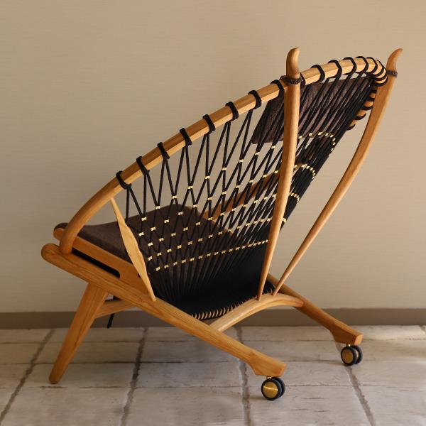 Hans J. Wegner  Circle Chair .PP130  PP Mobler (4).jpg