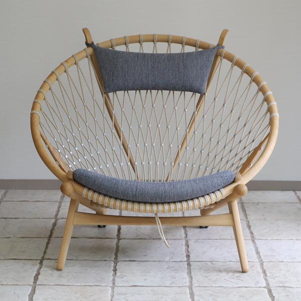 Hans J. Wegner  Circle Chair .PP130  PP Mobler (9).jpg