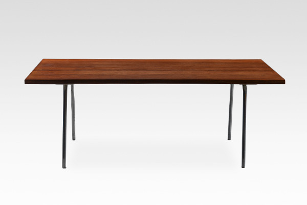 Hans J. Wegner  Coffee table .AT13  Andreas Tuck (3).jpg