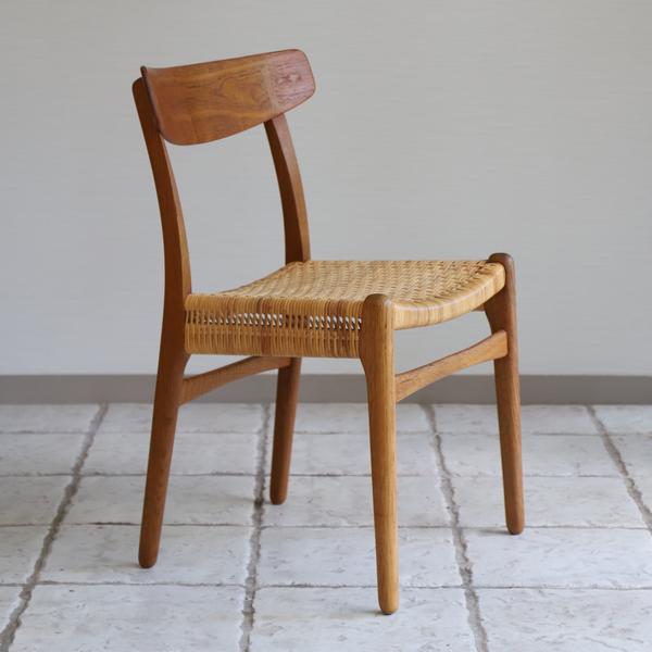 Hans J. Wegner  Dining chair. CH-23  Carl Hansen & Son_0418(籐)-01 (4).jpg