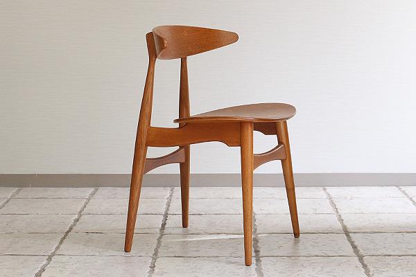 Hans J. Wegner  Dining chair. CH-33  Carl Hansen & Son (13).jpg