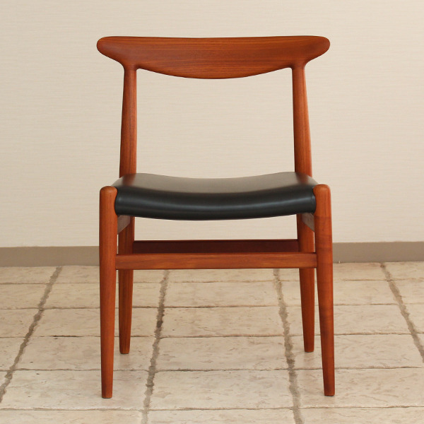 Hans J. Wegner  Dining chair. W2  C.M (12).jpg