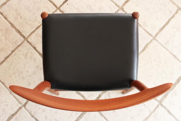 Hans J. Wegner  Dining chair. W2  C.M (15).jpg