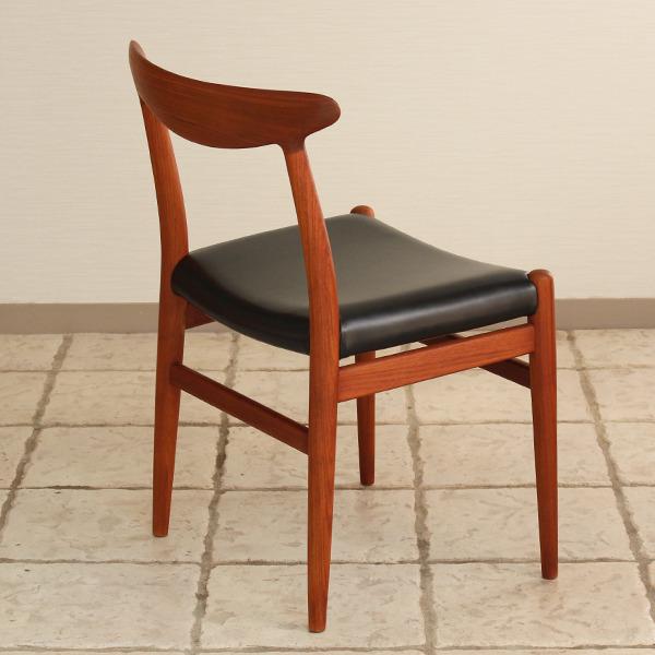 Hans J. Wegner  Dining chair. W2  C.M (16).jpg