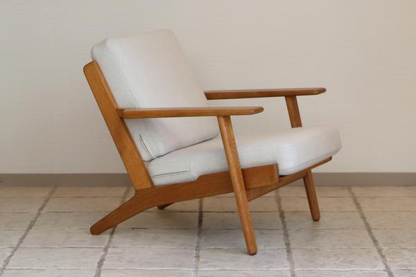 Hans J. Wegner  Easy chair. GE290 .Oak  GETAMA-01 (10).jpg