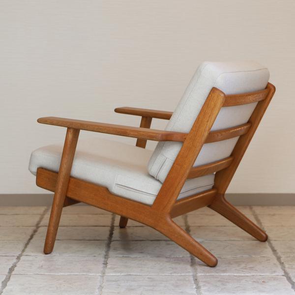 Hans J. Wegner  Easy chair. GE290 .Oak  GETAMA-01 (13).jpg