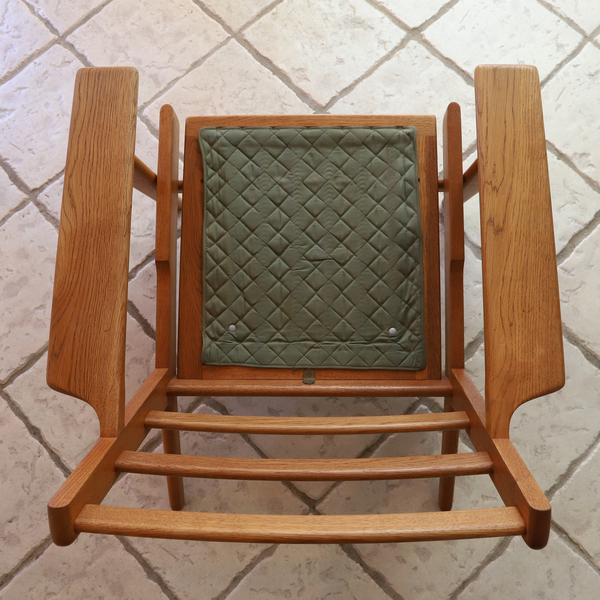 Hans J. Wegner  Easy chair. GE290 .Oak  GETAMA-02 (2).jpg