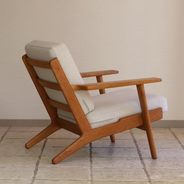 Hans J. Wegner  Easy chair. GE290 .Oak  GETAMA-02 (6).jpg