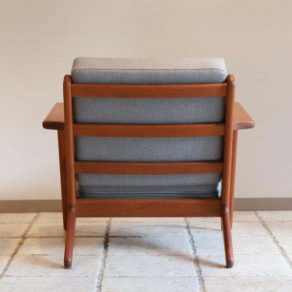 Hans J. Wegner  Easy chair. GE290 .teak  GETAMA-02 (4).jpg