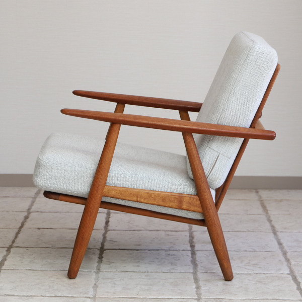 Hans J. Wegner  Easy chair GE-240  GETAMA-01 (6).jpg