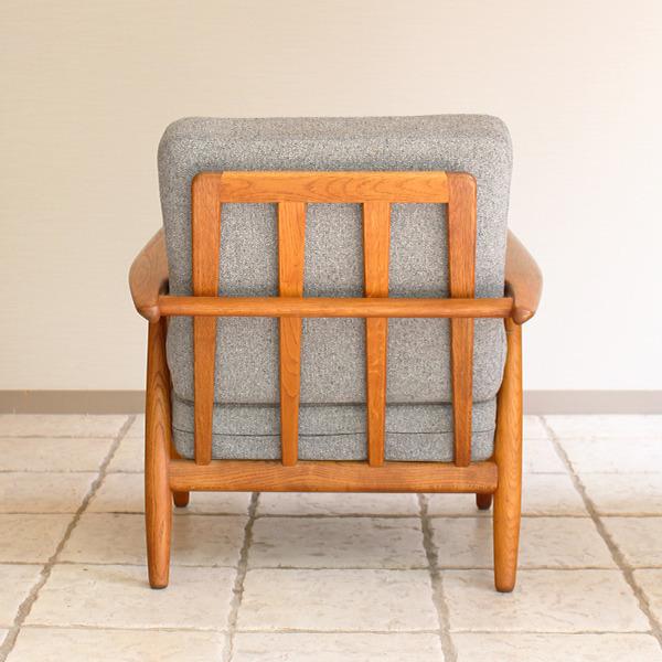 Hans J. Wegner  Easy chair GE-240  GETAMA (5).jpg