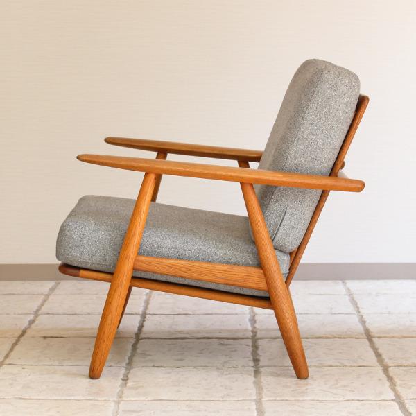 Hans J. Wegner  Easy chair GE-240  GETAMA (7).jpg
