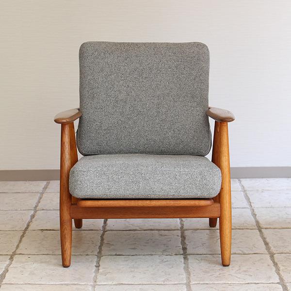 Hans J. Wegner  Easy chair GE-240  GETAMA (8).jpg
