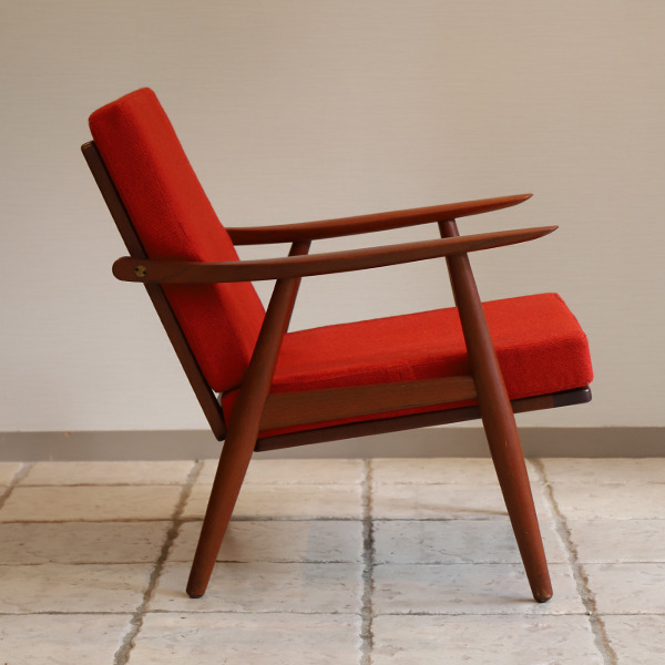 Hans J. Wegner  Easy chair GE-270  GETAMA (3).jpg
