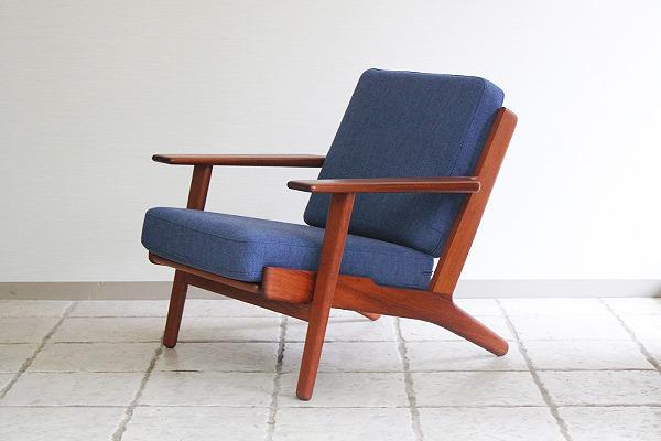 Hans J. Wegner  Easy chairs. GE290 Teak  GETAMA-1 (9).jpg